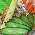 鳥伊勢 - 野菜サラダ