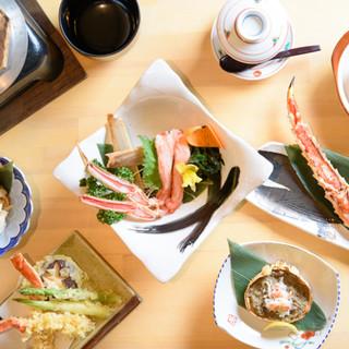 鮮魚・蟹・串。ジャンルの異なる料理を堪能!自慢の宴会コース