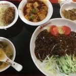 桂園 香港酒家 - ジャージャー麺、唐揚げ、麻婆豆腐、搾菜、スープ