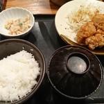 87646058 - 鶏の唐揚げ明太風味定食