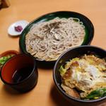 良寛 - 蕎麦(うどん)+日替わり丼のセット。