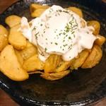 kawara CAFE&DINING - アンチョビバターポテト