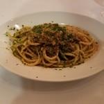 ラ・スコリエーラ - シチリアの定番人気!イワシとウイキョウのサフランソース