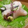 割烹 東山 - 料理写真:お造り