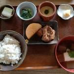 臺眠 - 麦とろ定食 1680円