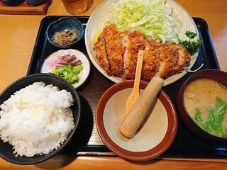 とんかつ しお田 - ロースカツ御膳、税込み1,728円也。