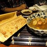 87664450 - 台湾おこわ(油飯)と麻油鶏