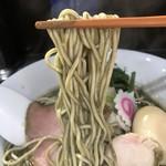 中華そば いづる - 【2018.6.14】村上朝日製麺のパッツン細麺。
