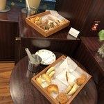 ダロワイヨ - ケーキブッフェ用のパン