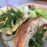 ヨムパン - 鶏むね肉のフォカッチャサンド(2018.6.16)