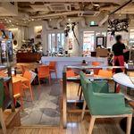 ARIA. C - 内観写真:店内の様子