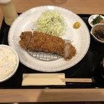 いい日とん勝 - 料理写真:ロースカツ膳1,620円