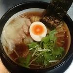 ZUND-BAR - 雲呑ラーメン醤油1080円