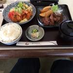 ジョイハウス - サイコロステーキと小海老フライの定食  ¥1,000