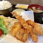 87684142 - ミックスフライ定食(¥1,180)