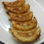 Kiraku - 餃子