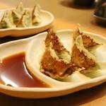 ラーメン万 - 餃子