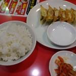 87689998 - 餃子セット (麺+)350円 (18年3月)