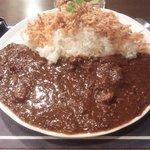 カレー&ハーブ チェリーブロッサム - 特製ビーフカレー(大盛)