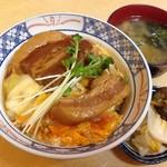 87692134 - 角煮丼 ¥1,080