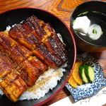 のぼりや - 料理写真:うなぎ丼・並(2,700円)