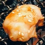 福寿亭 - おつまみとなる、ホルモン(小腸)です。プックリと大きくて美味しいです。