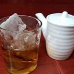 玉蘭 - 紹興酒のロック 500円。