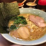 87701563 - ラーメン味玉 スープ絶妙!
