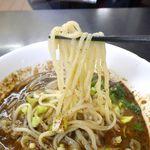 87701617 - たまに行くならこんな店は、中華料理&韓国式中華料理が楽しめる「馬賊 日暮里店」です。