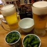 焼とりの八兵衛 - 生ビール&お通し(枝豆)