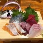 海鮮屋台おくまん - お刺身5種盛り