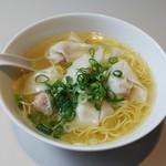 神戸元町別館 牡丹園 - ワンタン麺
