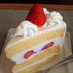ラ シュエット - 料理写真:ショートケーキ(撮影時に一部欠損)