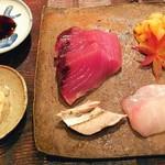 山介 - 鰹・鰹のお腹・小柱の昆布〆・シマアジの二十日熟成