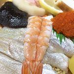 祇園 - 海老の下に、鯛が