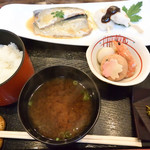 成陣 - 煮魚御膳