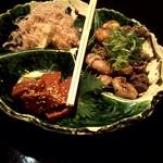 楽坐 - 高野豆腐、鶏肝、赤こんにゃく