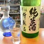 和乃家 - 愛知の地酒「蜂龍盃」はデカンタで頂きます