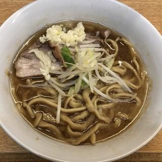 ラーメン二郎 - 料理写真:ラーメン 750円 麺半分・ヤサイちょっと・ニンニクで