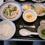 chuugokuryourigouka - 紋甲イカと枝豆の高菜漬け風味炒め(ランチ)