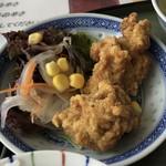 華中 - 唐揚げは、全ての定食に付いてきます