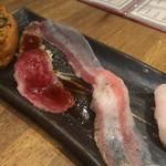 博多筑紫口 肉寿司 - 炙り4種盛り