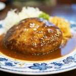 重亭 - 料理写真:名物 ハンバーグステーキ
