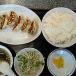 柳華亭 - 餃子定食750