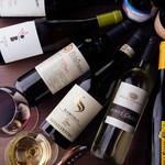 ピッツェリア ピアット - 約70種類のワイン