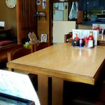 あさひ食堂 - テーブル席