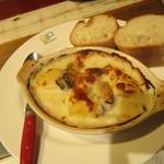 ガンボ&オイスターバー - 牡蠣とポテトのグラタン