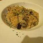 ガンボ&オイスターバー - メイン(牡蠣とボルチーニ茸のリゾット)