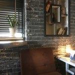 グッドネイバーズコーヒー - 古い物ではなく古い風に作ってる デザインはドラゴンファクトリーさん