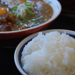 徳島ラーメン奥屋 - ライスは徳島ラーメンのお供です